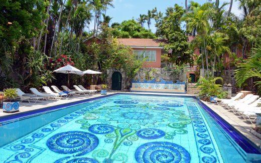 Pool Graycliff