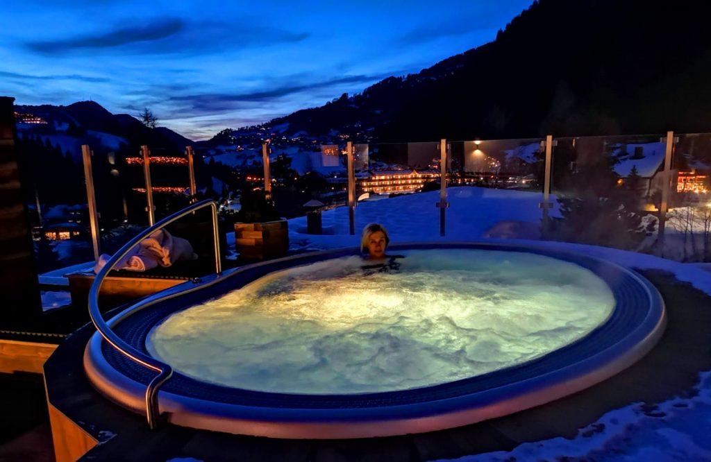 Hotel Wolkenstein Comploj Whirlpool